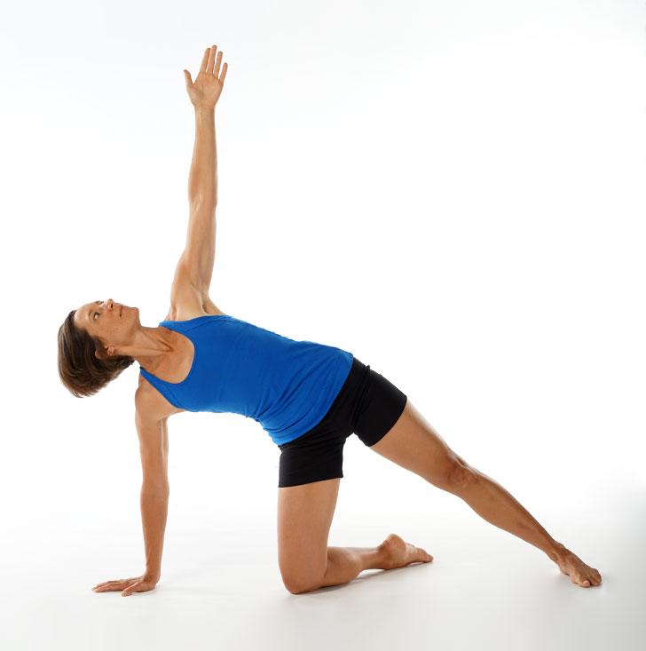 Ayurveda Kapha Pacifying Yoga: Side Plank | Banyan Botanicals