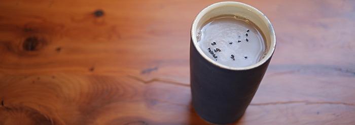 Sesame Vitality Shake: A Nourishing Drink for the Change of Seasons