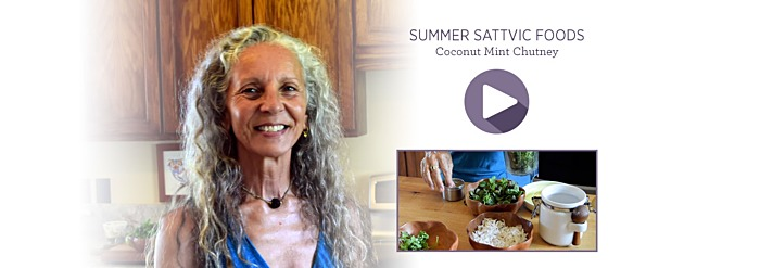 Summer Sattvic Foods—Coconut Mint Chutney